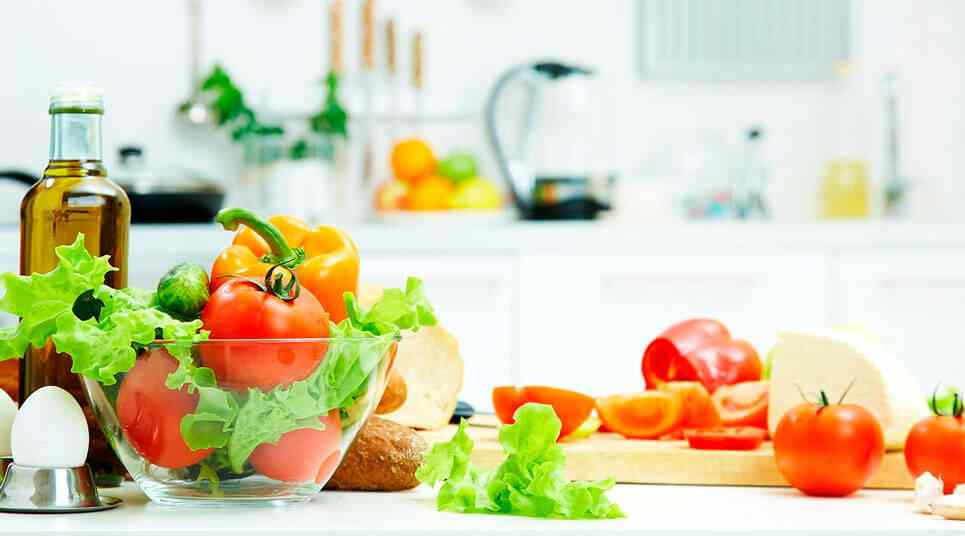 some expert advice on how to make the perfect salad 1