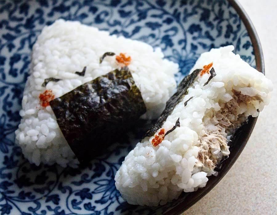 C mo hacer sushi receta sushi pepebar for Como hacer arroz para sushi