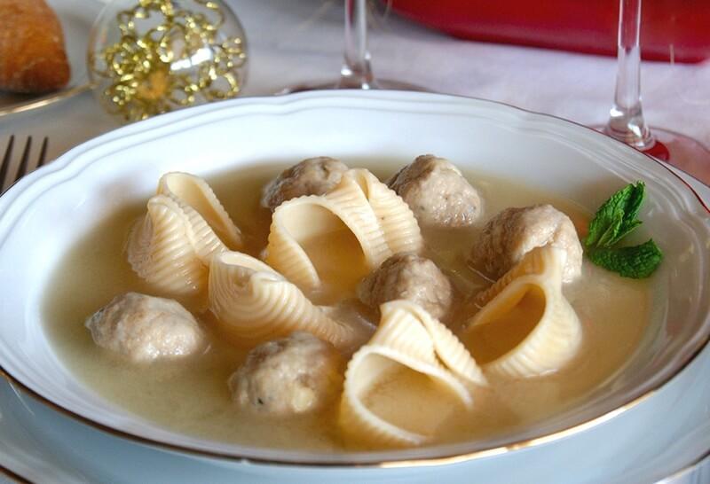 sopa de galets con pelotitas
