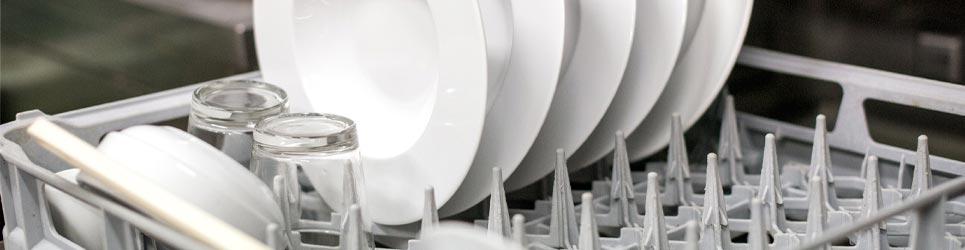 Cómo funcionan los lavavajillas industriales