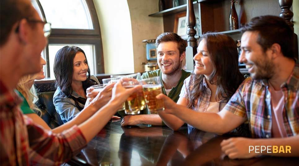 astuces pour attirer plus de clients dans votre bar